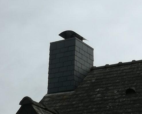 chapeau de protection et bardage en ardoise cheminée Saint-Herblain